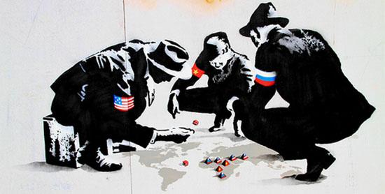 pochoir de Banksy : l'Amérique, la Chine et la Russie jouent à un jeu de plateau mondial