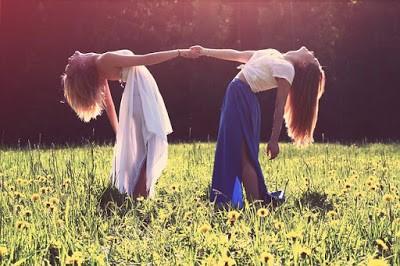 Photo d'un couple de femmes (pixabay)